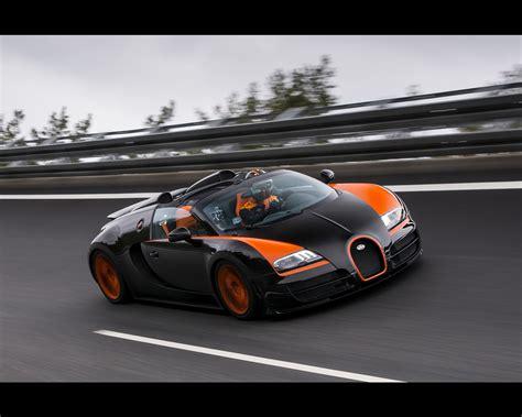 When production of the veyron began 15 years ago, bugatti made history: Bugatti Veyron 16.4 Grand Sport Vitesse 2013 Roadster ...