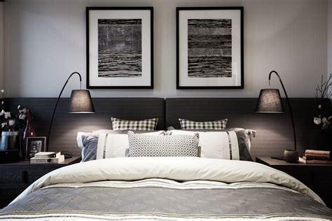 Livingstone 20 with Boston World of Style (Designer