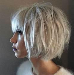 coupes de cheveux tendance le carré blunt bob la nouvelle coupe de cheveux tendance du printemps 2017 actualité du 22