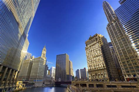 chicago travel guide 2015 where to eat stay and shop