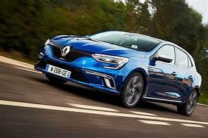 Megane Gt 2016 : renault megane gt 2016 review renaultsport junior by car magazine ~ Maxctalentgroup.com Avis de Voitures