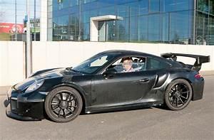 Porsche 911 Gt2 Rs 2017 : 2018 porsche gt3 rs and gt2 rs spied automobile magazine ~ Medecine-chirurgie-esthetiques.com Avis de Voitures