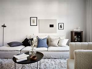 Cozy, Living, Room, With, White, Textiles