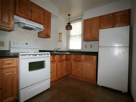 Home Remodeling  Simple Kitchen Cabinet Makeovers Kitchen