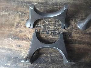Vieux Radiateur En Fonte : traditional pair cast iron feet for old reclaimed radiators old style vintage ebay ~ Nature-et-papiers.com Idées de Décoration