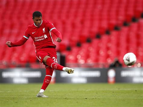 Sheffield United complete Rhian Brewster signing from ...