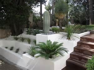 Parterre Jardin Tunisie by Cr 233 Ation Et Entretien De Jardin Paysagiste 224 Marseille