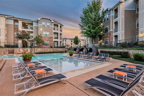 Appartments In Houston by Stoneleigh Apartments Rentals Houston Tx Apartments