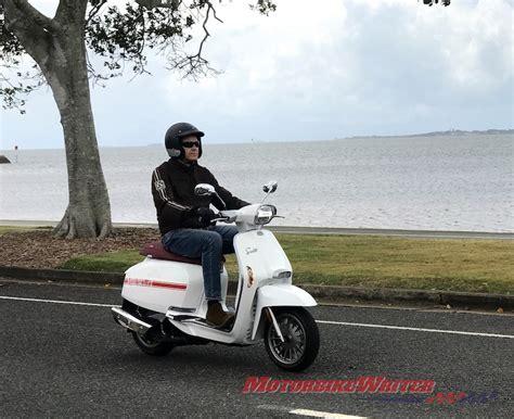 Lambretta V200 Special Modification by Lambretta V200 Special Has Flair Motorbike Writer