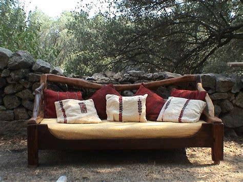 canapé en bois photos canapé en bois flotté