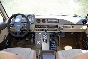 View 1984 Toyota Fj60 Interior