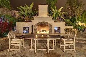 Outdoor Fireplace - San Diego  Ca