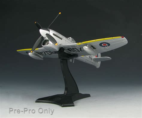 Skymax Diecast 1/72 Flying Heroes Series Aircraft Sm4003