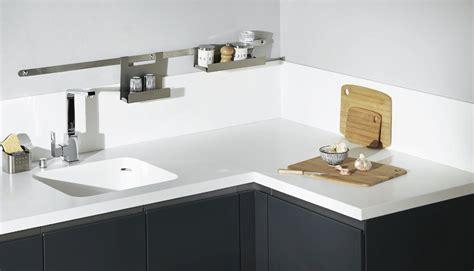 largeur plan travail cuisine plan de travail cuisine resine vian agencement r