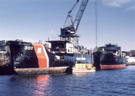 Duck Boat Uscg by United States Coast Guard Gt Our Organization Gt Assistant