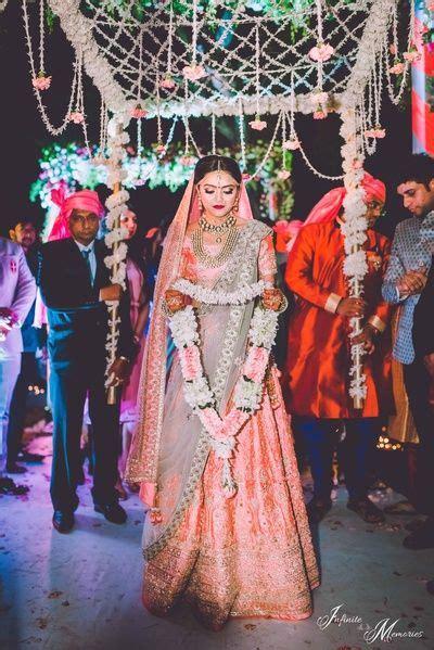 bridal entry  phoolon ki chadar wearing peach