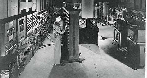 Life-size Model Of The First Vacuum-tube
