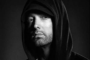 Review: Eminem Lashes Out at the Rap Game on 'Kamikaze ...