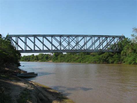 ladario in ferro antiga ponte ferrovi 225 ria salobra
