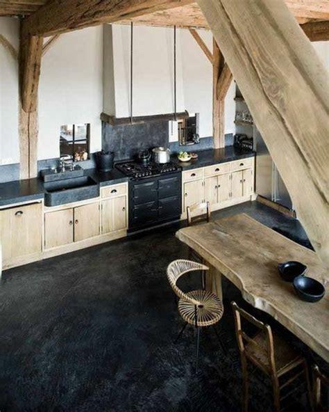 cuisine sol noir la poutre en bois dans 50 photos magnifiques