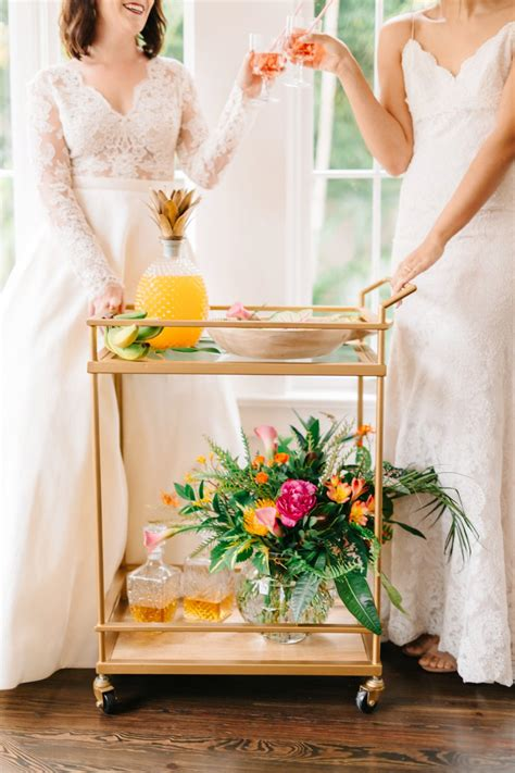 colorful elegant tropical wedding ideas   detail