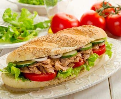 cuisine facile et rapide sandwich de l 39 été à l 39 avocat et au thon recette de