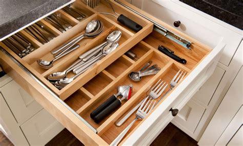 divisori cassetti cucina come organizzare i cassetti della cucina leitv
