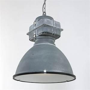 Lampe Style Industriel : luminaire industriel robuste toronto 47 cm lampe industrielle ~ Teatrodelosmanantiales.com Idées de Décoration