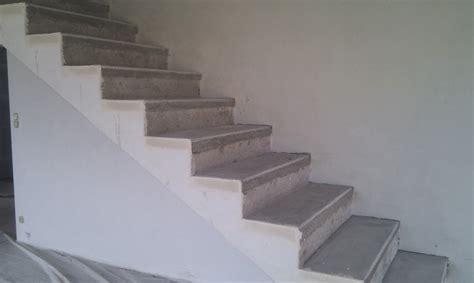 comment recouvrir des escaliers en beton ma maison bioclimatique escalier en b 233 ton cir 233