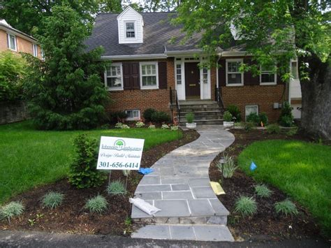 front yard walkways show off your front yard to your neighbors with a stone step walkway which leads to the front