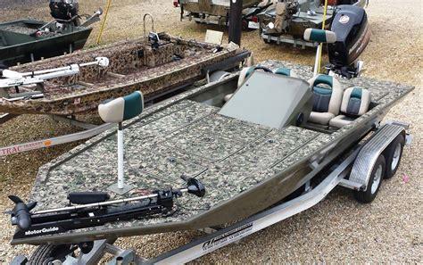 Www Gator Trax Boats by Gator Trax Boats Fleet Backed By A Lifetime Warranty