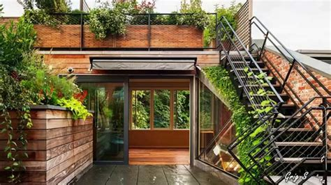 plan to build a house wall and rooftop gardens living walls and green roofs