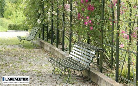 Banc De Jardin Fer Forgé Et Bois by Banc De Jardin Bancs De Jardin Decofinder