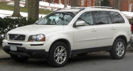 geely  adopt volvo xc   brand  truth  cars