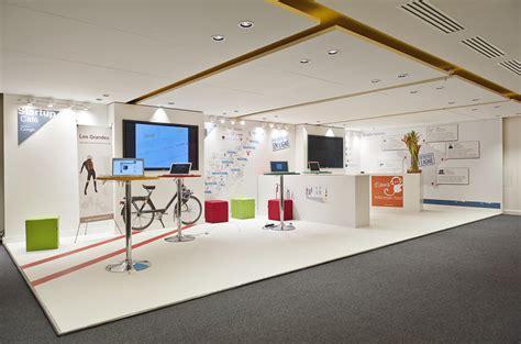 vente privée canapé startup café espace détente au siège de