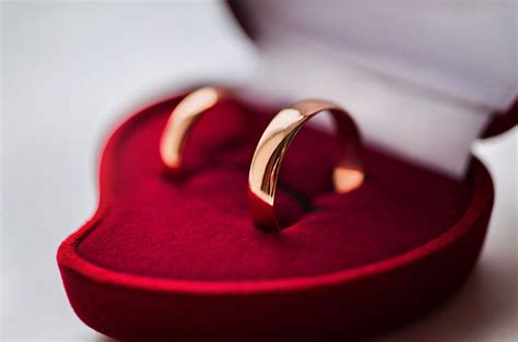 17th Year Wedding Anniversary Gifts and ideas My Wedding