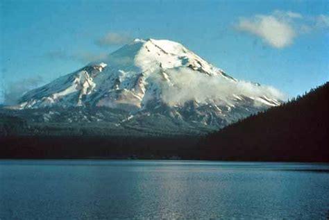 Senthelensas vulkāna izvirdums 1980.gadā - Spoki