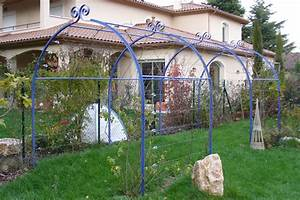 pergola fer forge pour plantes grimpantes With tonnelle jardin fer forge 12 guide comment choisir sa pergola ou sa tonnelle