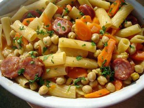 cuisine portugaise recettes recette de macarrao com grao et choriço pâtes recette