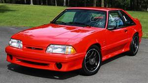 1993 Ford Mustang Cobra R Sells for a Record $132K USD at Barrett-Jackson - Motor Trend Canada