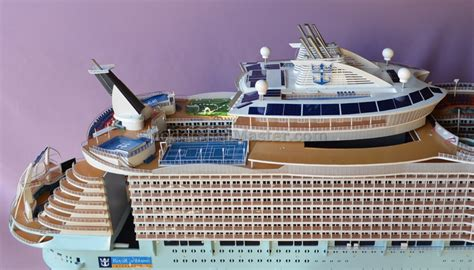 Remote Control Cruise Ship Model Oasis Of The Seas