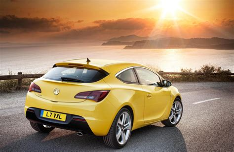Opel/Vauxhall Astra GTC and Zafira Tourer coming to ...