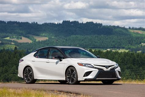 2018 Toyota Camry XSE V6: Is It Really That Sporty? [Video ...