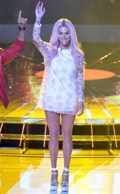 stylish tv star  keshas hot  style  news