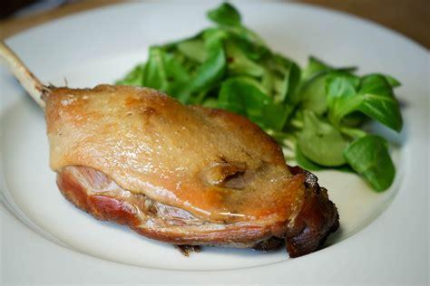 cuisiner oie confit de canard en 2 heures recette du confit canard