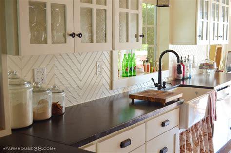 inexpensive kitchen backsplash cheap kitchen backsplash farmhouse38
