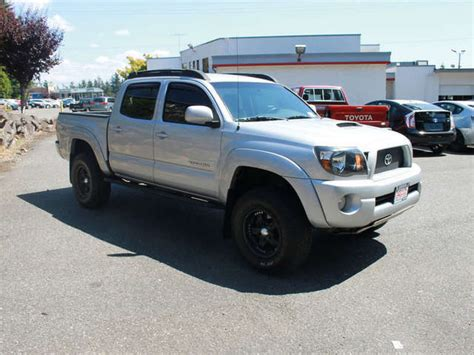 lifted toyota trucks  sale  edmonds magic toyota