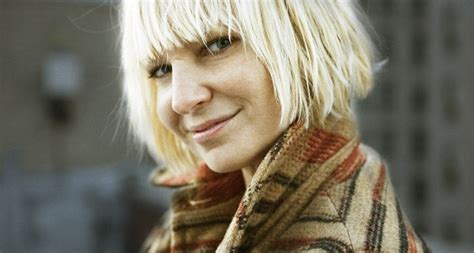 What Does Sia Look Like? Why Does Sia Hide Her Face?