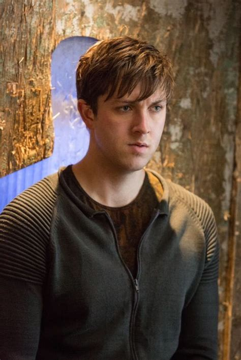 Al and Tris Divergent