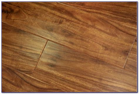 is laminate flooring scratch resistant scratch proof laminate flooring uk flooring home decorating ideas grzkkqbzao